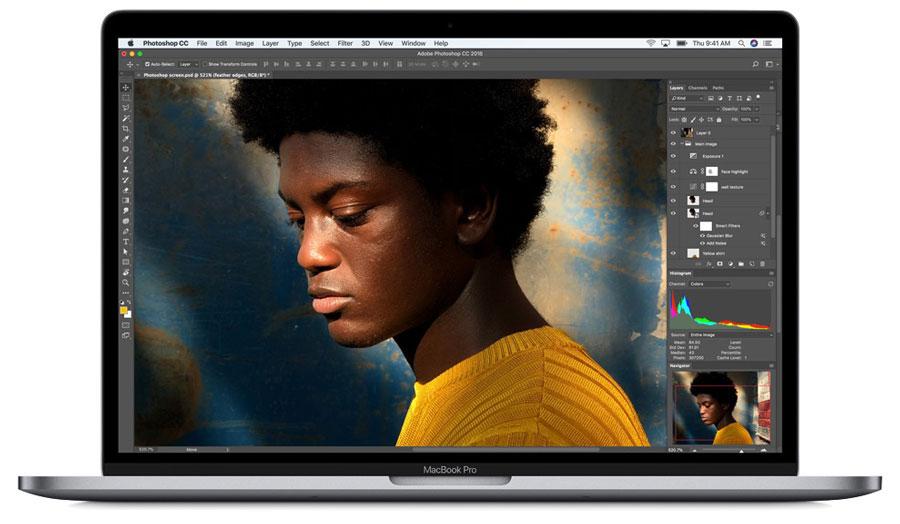 MacBook Pro 2018 True Tone 2